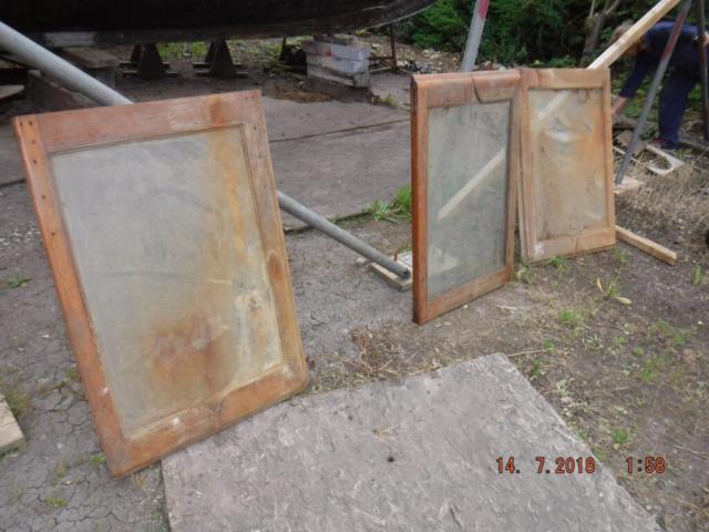 Engine room hatch windows